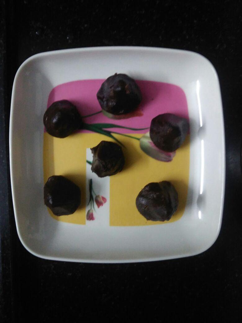 Black rice/karuppu kavani rice kozhukattai
